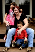 3-Pam and her two children, 2011.jpg